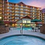 Make a Reservation | Holiday Inn Club Vacations - Smoky Mountain Resort | Gatlinburg, Tennessee