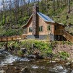 Make a Reservation | On Roaring Fork Stream Cabin | Gatlinburg, Tennessee
