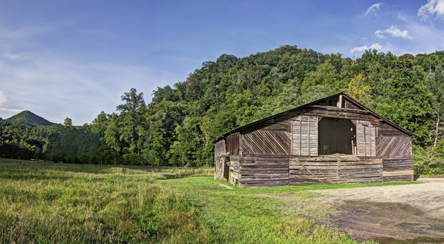 The Caldwell Barn | Cataloochee Valley | Great Smoky Mountains National Park