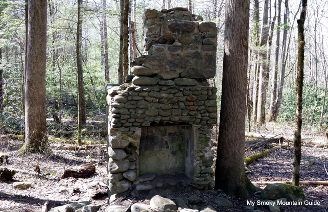Chimney | Sugarlands Valley Nature Trail | GSMNP