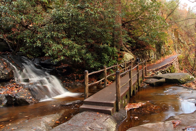 Laurel Falls Footbridge   Laurel Falls Trail   Great Smoky Mountains National Park