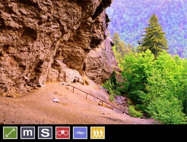 Alum Cave Bluffs   Alum Cave Trail to Mount LeConte