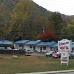 Make a Reservation   Clarketon Motel   Maggie Valley, North Carolina
