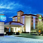 Make a reservation for Holiday Inn Express Hotel & Suites Pigeon Forge