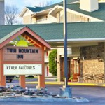 Make a reservation for Twin Mountain Inn & Suites | Pigeon Forge, TN