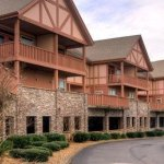 Make a Reservation | Family Retreat | Pigeon Forge, Tennessee
