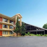 Make a reservation at Quality Inn & Suites River Suites | Sevierville, TN