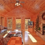 Make a Reservation | Mountain Seclusion | Sevierville, Tennessee