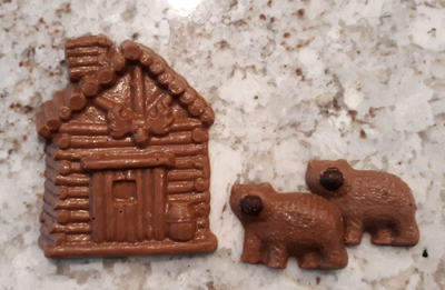 Chocolate Bears and Cabin | The Chocolate B'ar