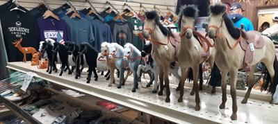 Tuckaleechee Caverns Gift Shop Horses